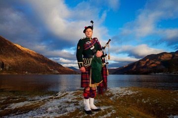 Piped in by Bryce McCulloch bagpiper for hire in Scotland